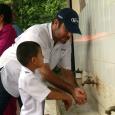 En colegio de Veraguas Cuadrillas de Techos de Esperanza construyen aulas escolares Un 45% de avance registran las tres aulas que construye el personal del programa Techos de Esperanza del […]