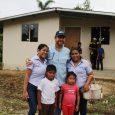 Cientos de familias se benefician Transforman casas improvisadas por techos dignos en Bocas del Toro Las historias de las familias que por años han vivido en condiciones de pobreza extrema […]