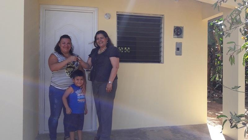Veintidós corregimientos serán beneficiados Avanza construcción de Techos de Esperanza en Coclé Un total de 203 familias, residentes en cuatro distritos de la provincia de Coclé, han recibido las llaves […]