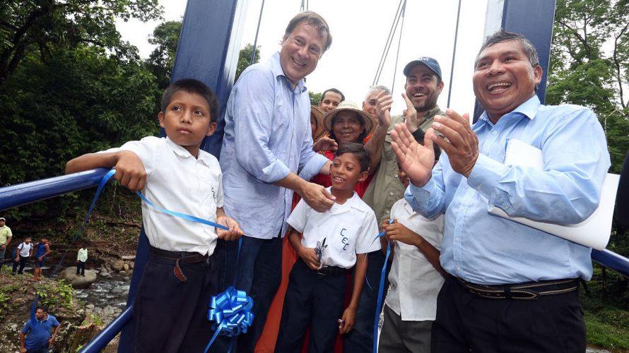 Presidente Varela entrega tres nuevos zarzos en la comarca Ngäbe Buglé viernes, 26 de mayo de 2017| Víctor Santos | Alis Mosquera Compartir Gobierno avanza en su plan de inversiones […]