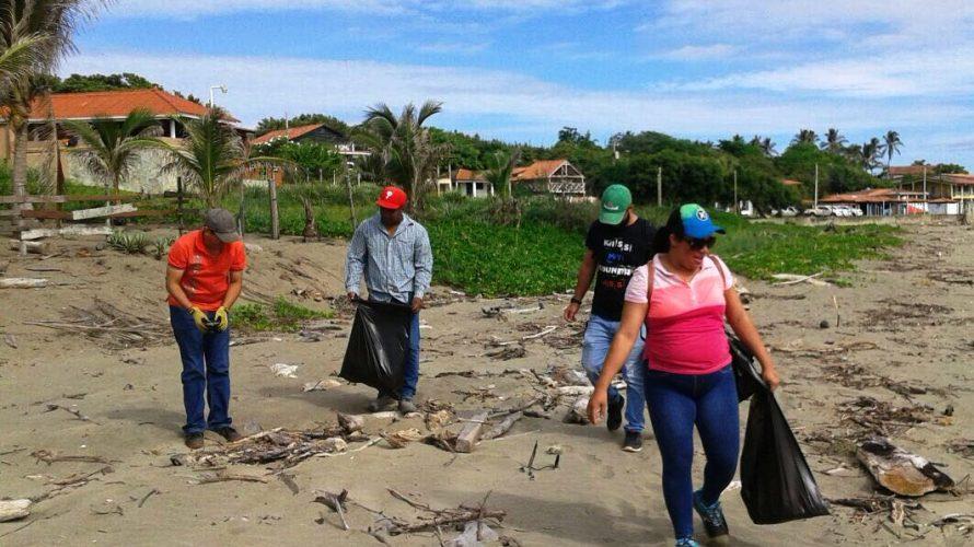 Para reducir contaminación ambiental Realizan operativo de limpiezaen playa El Uverito Debido a la alta contaminación por desechos de basura que contenía la playa El Uverito, situada en la provincia […]