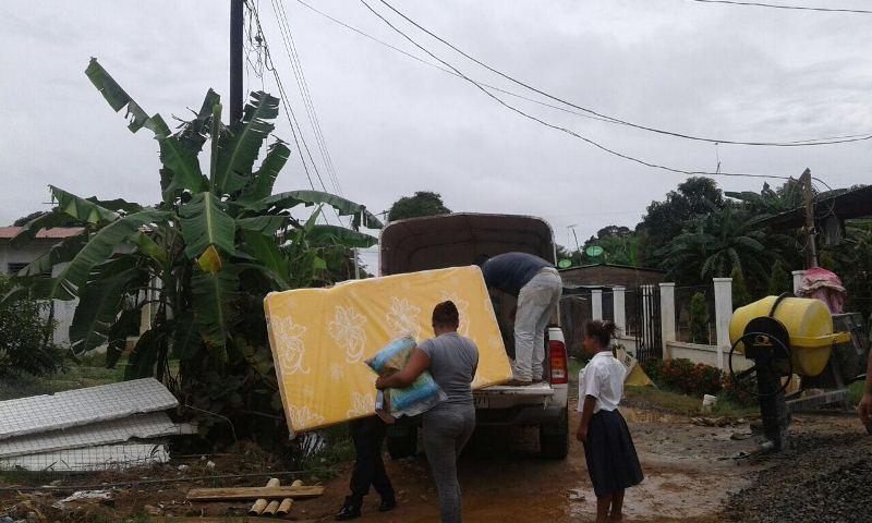 A familia de escasos recursos Realizan donación de enseres y construyen casa en Monagrillo Una donación de enseres de limpieza, comida ycolchones realizaron colaboradores del Ministerio de Vivienda y Ordenamiento […]