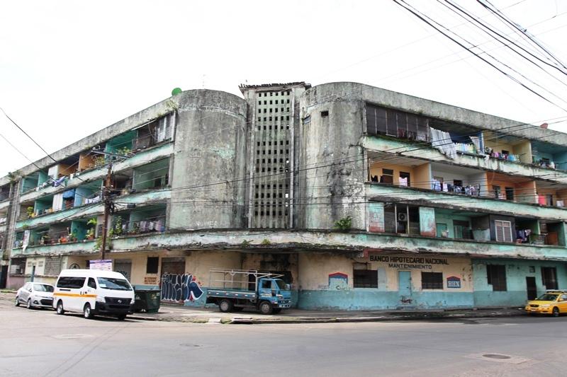 Licitar n construcci n de 180 apartamentos para familias for Videos de construccion de edificios