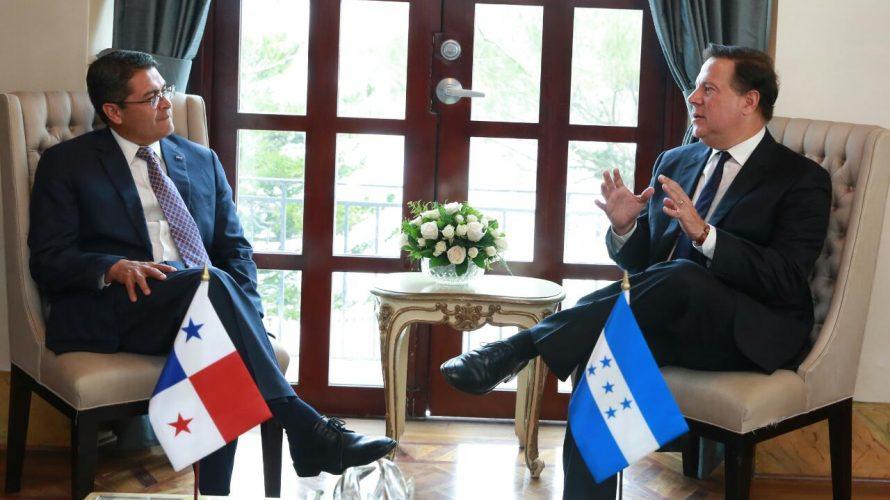 Presidentes Varela y Hernández comparten experiencias en temas agropecuarios, turismo y vivienda miércoles, 18 de octubre de 2017  Redacción   Prensa Compartir En el encuentro, ambos gobernantes resaltaron la importancia […]