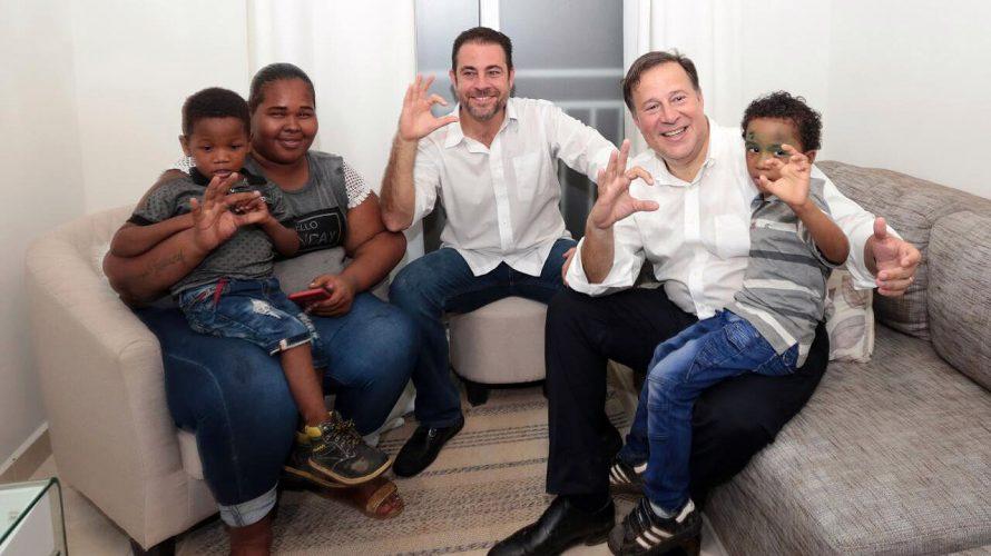 Renovación Urbanaes una realidad Mil 20 familias de Altos de Los Lagos, primeras en recibir apartamentos Siguiendo un plan de integración humana, el presidente de la República, Juan Carlos Varela […]