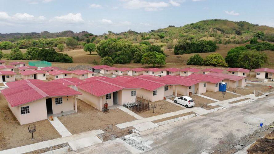 Para mejorar la calidad de vida Dos proyectos urbanísticos de Veraguas avanzan significativamente Dos proyectos habitacionales que construye el Ministerio de Vivienda y Ordenamiento Territorial (Miviot) en la provincia de […]