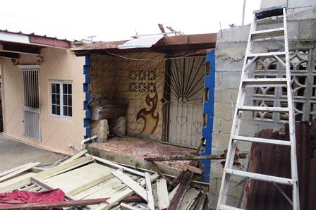 Miviot hizo evaluaciones Atienden a familia de Villa Guadalupe que sufrió desplome en vivienda Colaboradores del Ministerio de Vivienda y Ordenamiento Territorial (Miviot) atendieron a una familia de Villa Guadalupe, […]