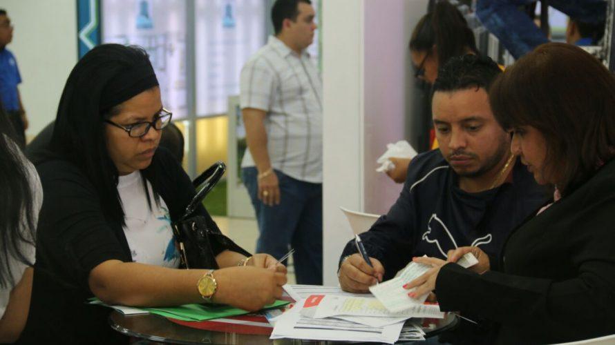 Con la apertura de Expo Mivi 2018 Panameños pueden adquirir la casa de sus sueños Autoridades del Ministerio de Vivienda y Ordenamiento Territorial (Miviot) inauguraron este viernes la décima versión […]